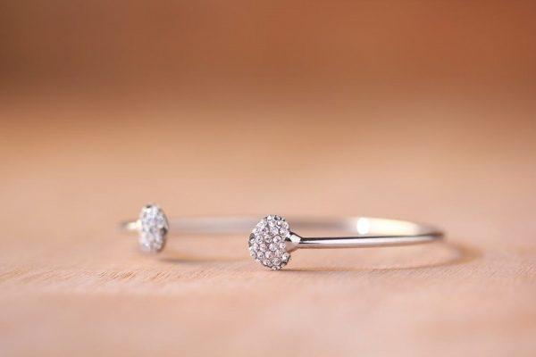 A-diamond-bracelet
