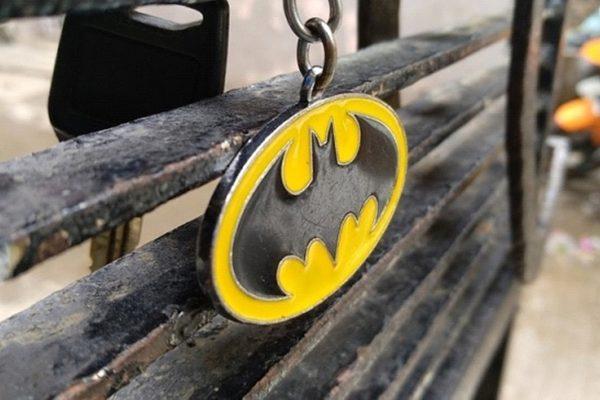 A2-keychain-branded-with-the-Batman-logo